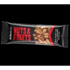 Батончики BioTech Nuts and Fruits (40 г)